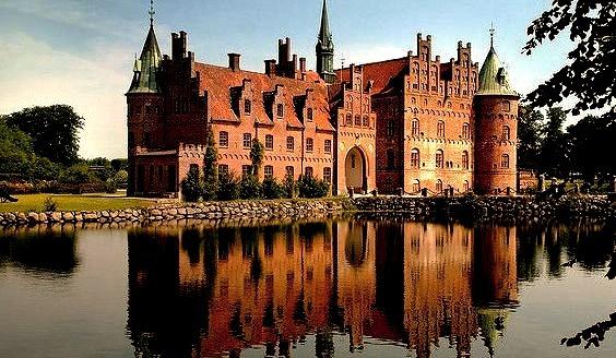 by Trodel on Flickr.Egeskov Castle, the best preserved Renaissance water castle in Europe - Funen Island, Denmark.